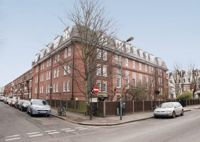 Barons Court – Room 53 – Forth Floor – W14 9EF – £220 per week