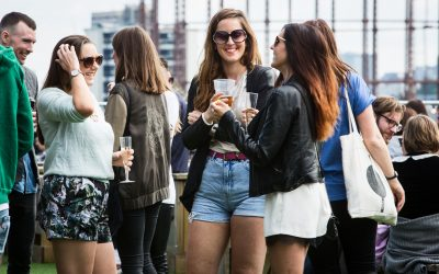 Summer in the city : fun in the sun for young professionals in London